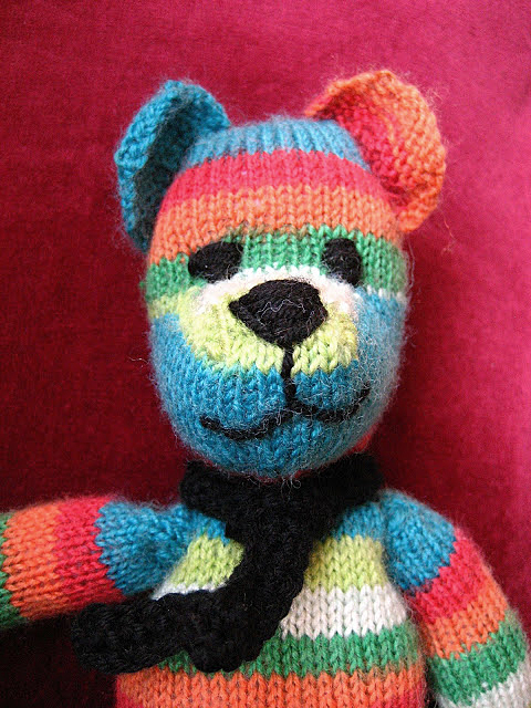 Knitted Teddy Bear Pattern Free : Weldons Teddy Bear Free Vintage Knitting Pattern - Buttons and Beeswax