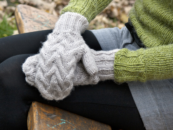 Constantine Chunky Mittens Knitting Pattern