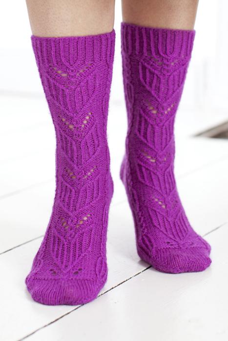 Heliotrope_socks3