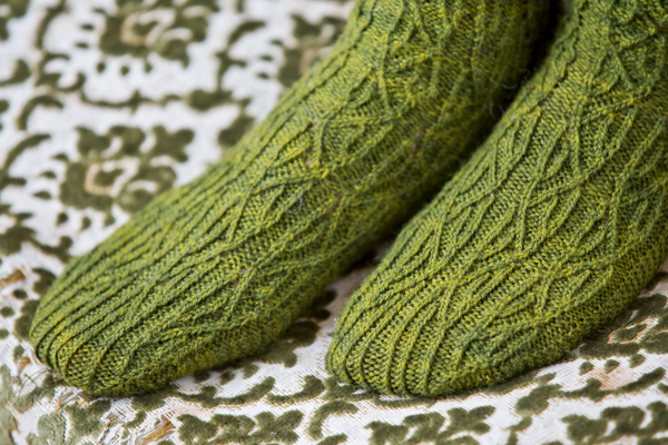 reversible socks knitting pattern The Knitter 71