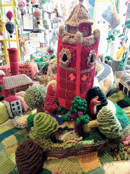 Briswool_Paper_Village_Cabot_Tower