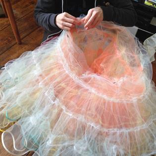 pinning_petticoat
